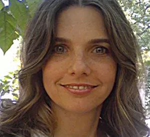 Raychelle Fernandez